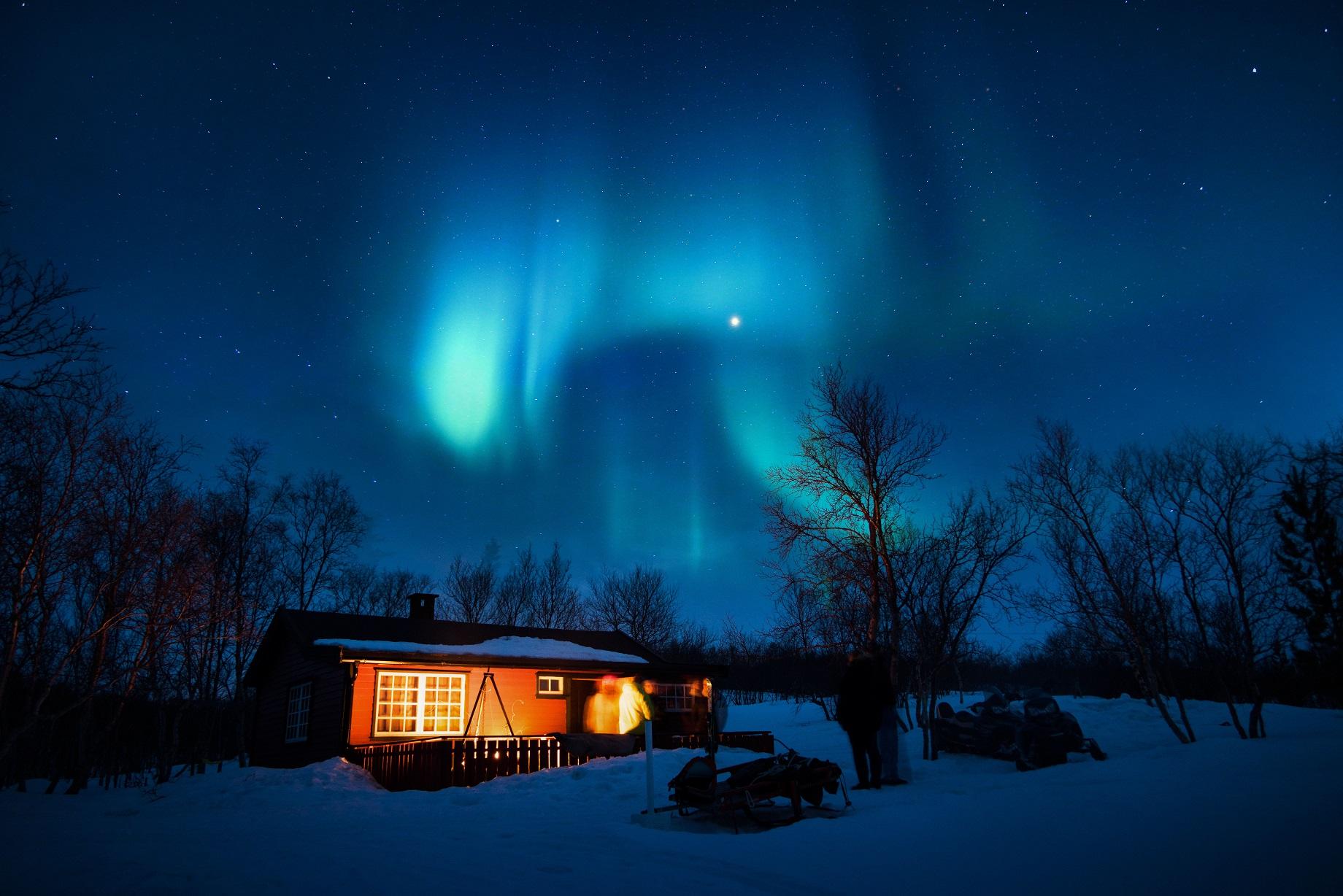 au chaud près du feu la nuit du solstice d'hiver